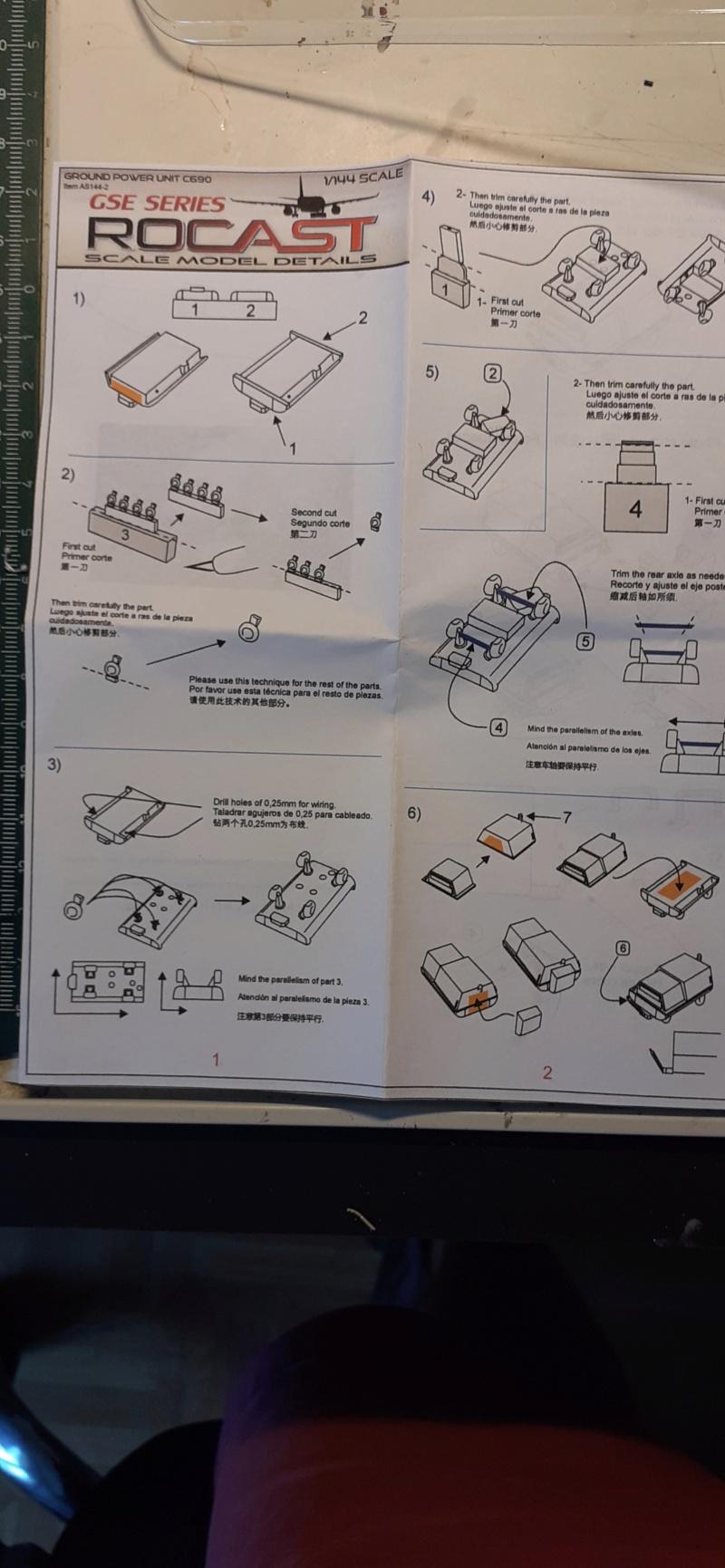 Réalisation de la maquette 1/144 d' un aéroport international (scratch) - Page 18 Fullsi93