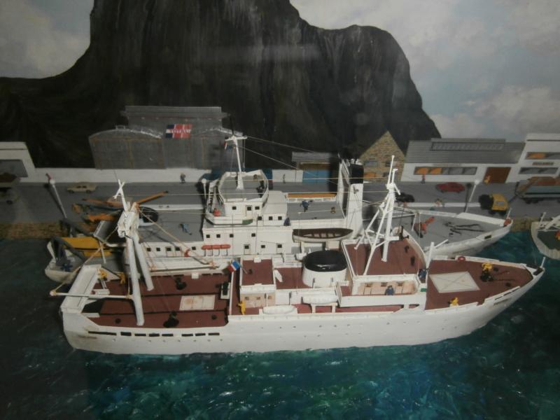 Dio : Brochette de dioramas (échelles variées) par Mille sabords P8300917