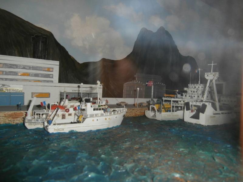 Dio : Brochette de dioramas (échelles variées) par Mille sabords P8300918