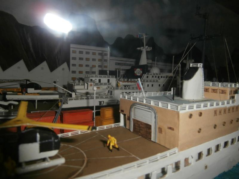 Dio : Brochette de dioramas (échelles variées) par Mille sabords P8300921