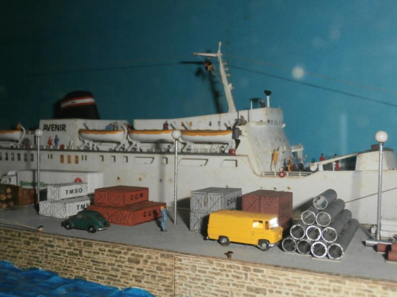 Dio : Brochette de dioramas (échelles variées) par Mille sabords P8300931
