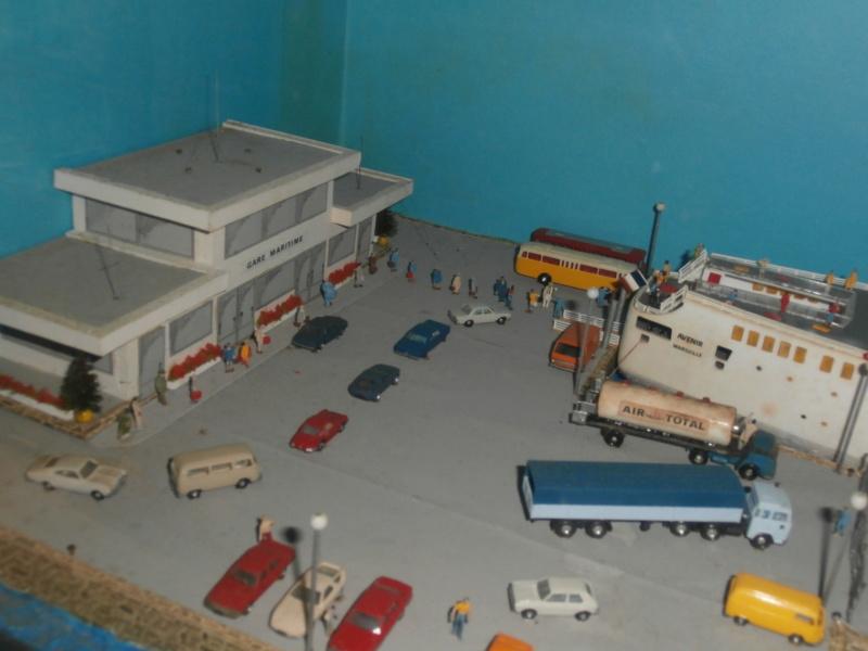 Dio : Brochette de dioramas (échelles variées) par Mille sabords P8300935