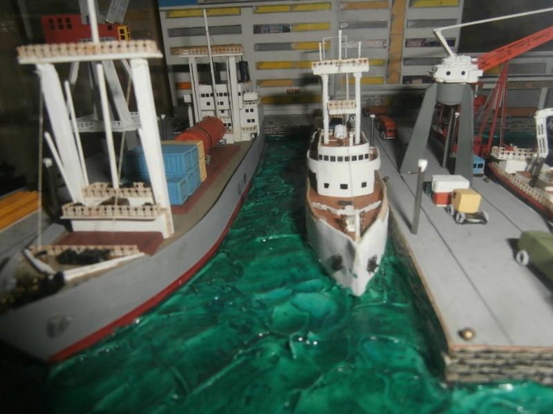 Dio : Brochette de dioramas (échelles variées) par Mille sabords P8301015