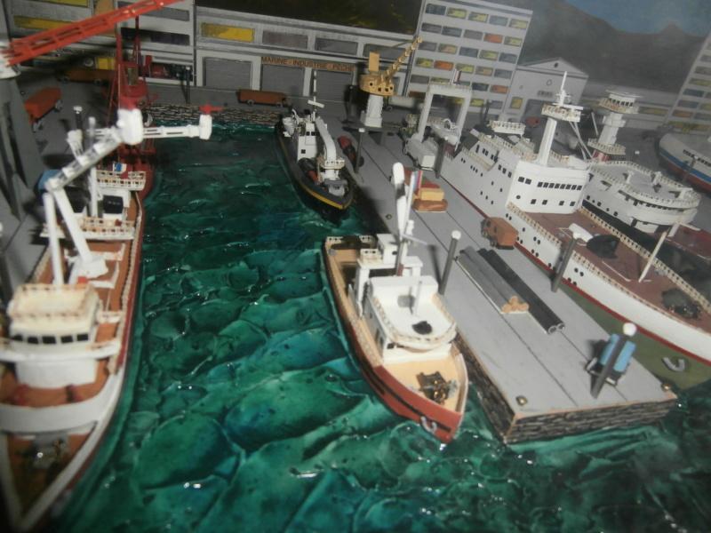 Dio : Brochette de dioramas (échelles variées) par Mille sabords P8301016
