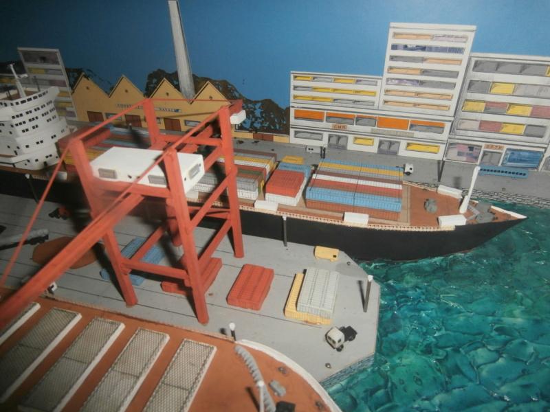 Dio : Brochette de dioramas (échelles variées) par Mille sabords P8301037