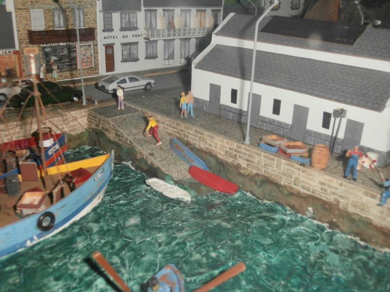 Dio : Brochette de dioramas (échelles variées) par Mille sabords P8301110