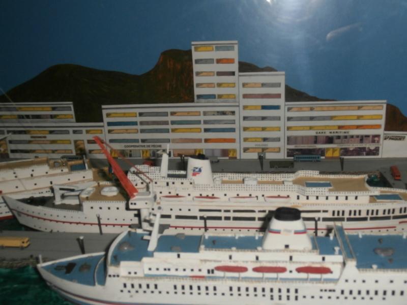 Dio : Brochette de dioramas (échelles variées) par Mille sabords P8301121