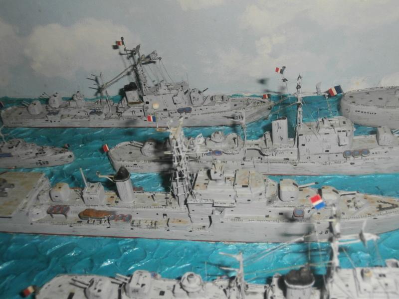 Dio : Brochette de dioramas (échelles variées) par Mille sabords P8301133