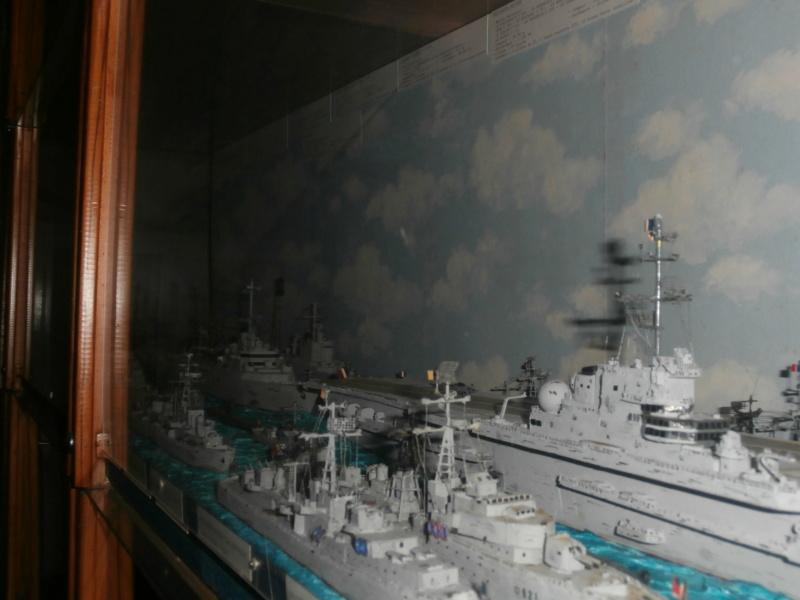 Dio : Brochette de dioramas (échelles variées) par Mille sabords P8301143