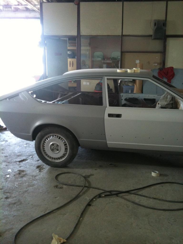 Notre restauration de mon GTV par  Paolo et père... - Page 2 Img_1010