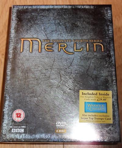 [Merlin] DVD, Soundtrack et produits dérivés - Page 2 Merlin16
