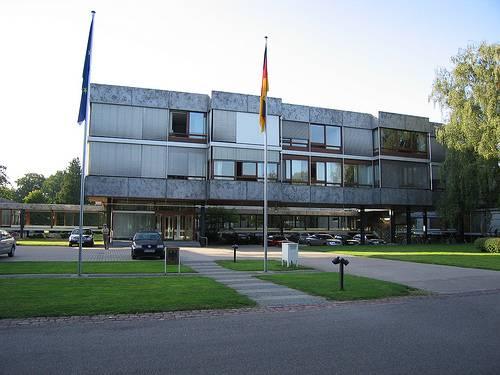 Das Bundesverfassungsgericht in Karlsruhe feiert 60. Geburtstag 81708210