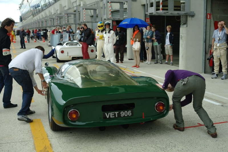 Une aventure mémorable, j'ai participé au Mans Classic 2012 en Porsche 906... - Page 2 Franco17