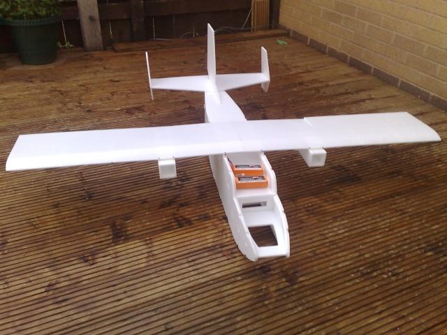 Cargo plane build 17072016