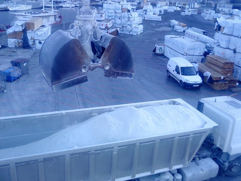 Grue portuaire CCI de saint malo A210