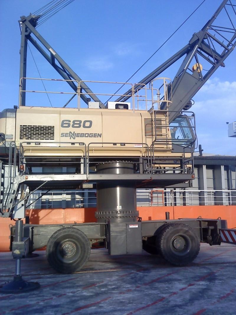 Grue portuaire CCI de saint malo E410