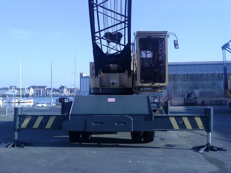 Grue portuaire CCI de saint malo F310