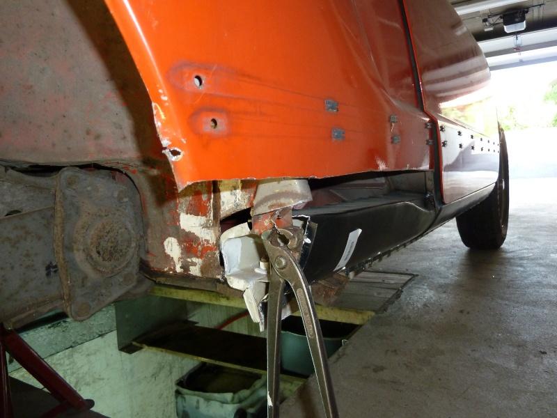 denis du bas rhin et sa Karmann Ghia de 73 sortie de grange - Page 2 P1050810