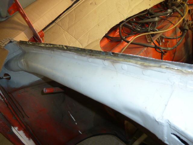denis du bas rhin et sa Karmann Ghia de 73 sortie de grange - Page 4 P1070411
