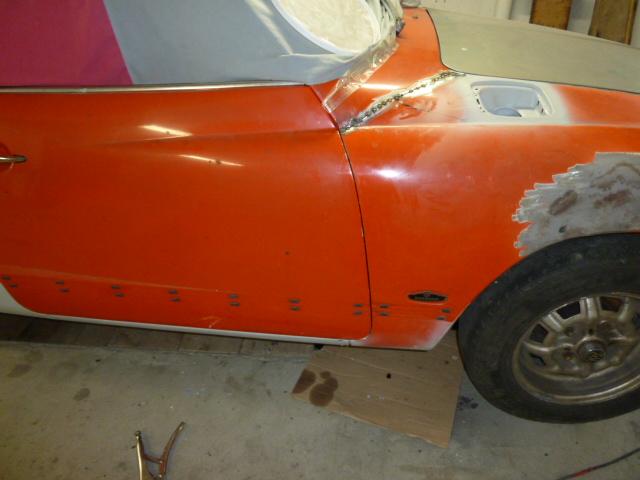 denis du bas rhin et sa Karmann Ghia de 73 sortie de grange - Page 4 P1070519