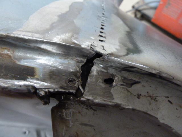 denis du bas rhin et sa Karmann Ghia de 73 sortie de grange - Page 5 P1070710
