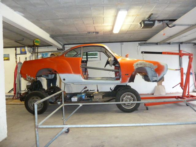 denis du bas rhin et sa Karmann Ghia de 73 sortie de grange - Page 5 P1070811