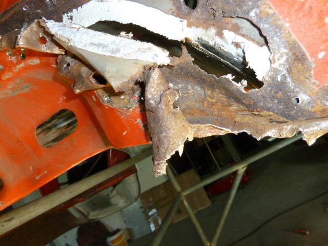 denis du bas rhin et sa Karmann Ghia de 73 sortie de grange - Page 5 P1080010