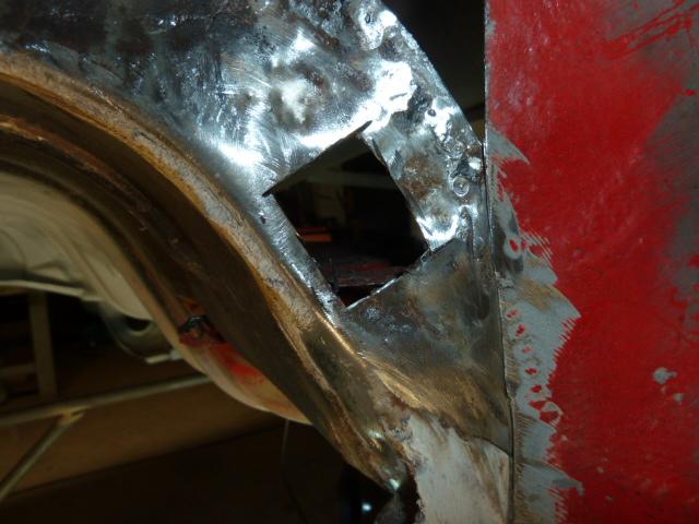 denis du bas rhin et sa Karmann Ghia de 73 sortie de grange - Page 5 P1080113
