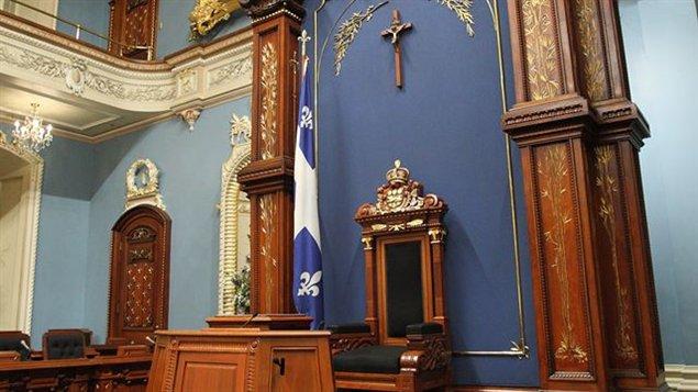 PÉTITION pour sauver le Crucifix à l'Assemblée Nationale du Québec ! 13091310