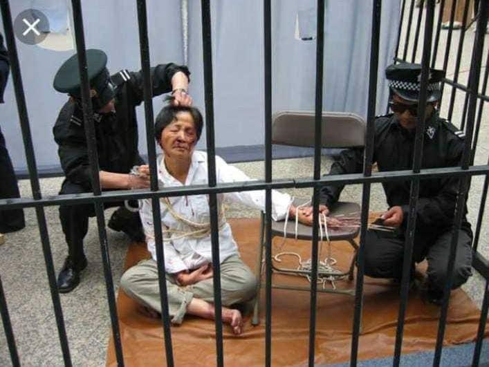 Reportage-Choc en Images : Persécution des Chrétiens en Chine ! 51419010