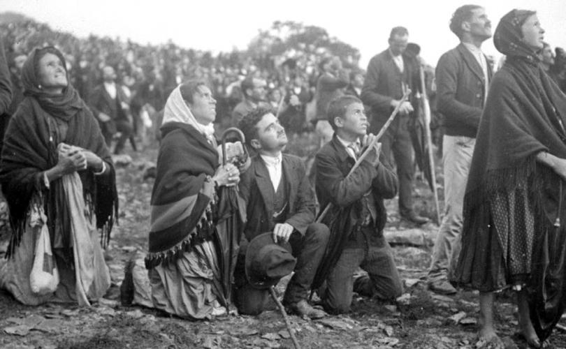 LE MIRACLE DU SOLEIL : une Prophétie de la crise de l'Église ? Fatima11