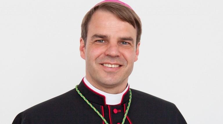SYNODE AMAZONIEN - (SUITE D'AMORIS LAETITIA) : Nous conduira-t-il au Schisme de l'Église Catholique? Fntx0m10