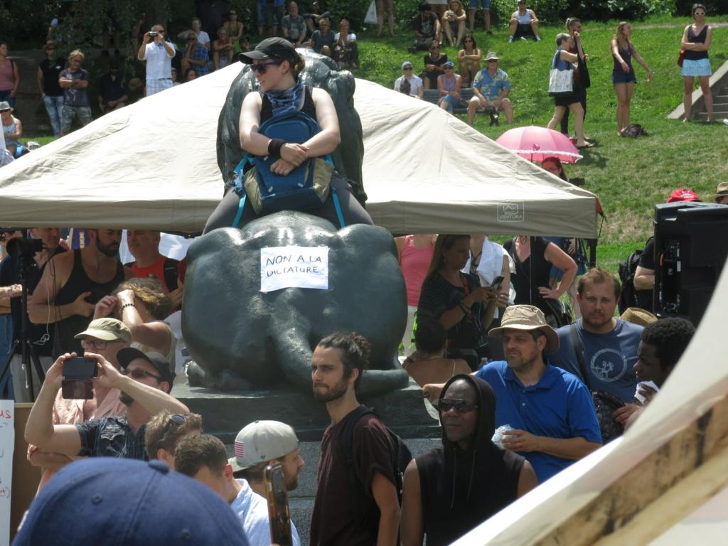 MONTRÉAL - Monument George-Étienne Cartier - Reportage-photos du Rassemblement pour nos Droits ! Img_2765