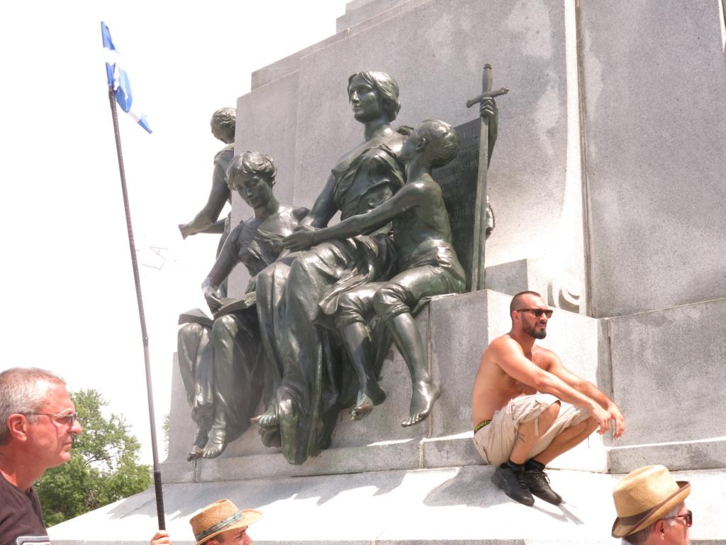 MONTRÉAL - Monument George-Étienne Cartier - Reportage-photos du Rassemblement pour nos Droits ! Img_2779