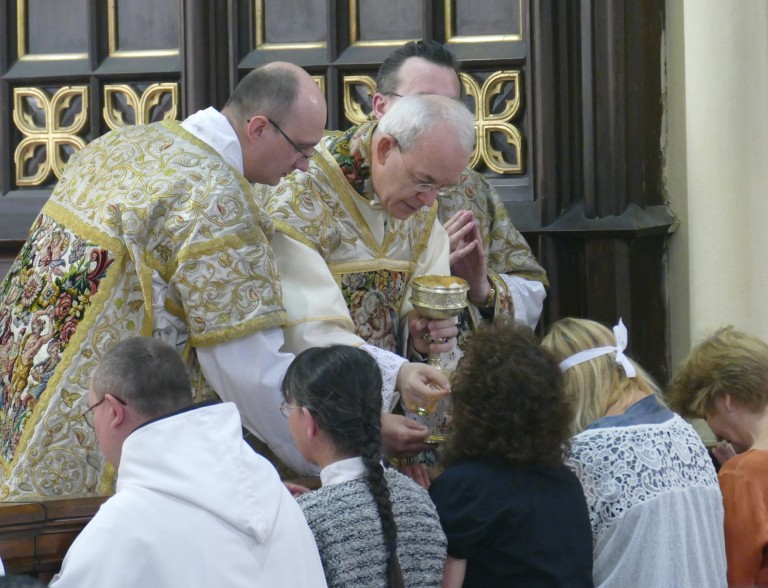 """Mgr Athanasius Schneider sur """"Amoris Laetitia"""" ! M0sw9610"""