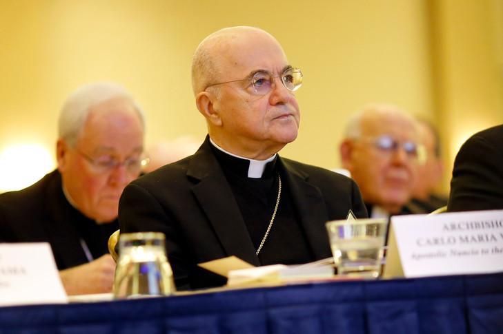 """MGR VIGANO : """"Nous assistons à la création d'une Nouvelle Église"""" ! Mgr-ca10"""