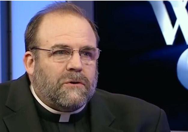"""VIDÉO-MANIPULATION : """"Un Schisme causé par des """"Chrétiens rigides"""" reste possible""""  - Pape François  Sans-236"""