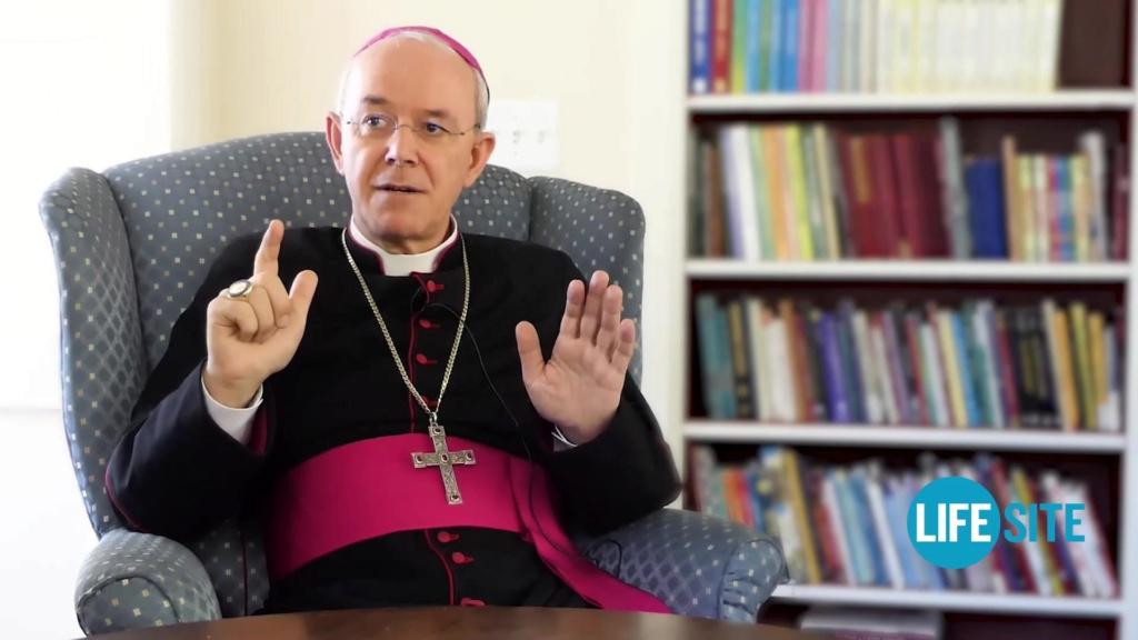 Le pape pour le diaconat féminin ? - Page 3 Sans-336