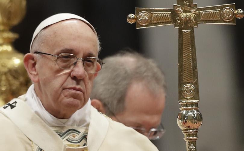 PAPE FRANÇOIS : Il invite les responsables religieux et politiques à signer le Pacte Mondial... Sans-405