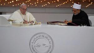 Le Pape aux Émirats : En route vers l'Unique Religion Mondiale ! - Page 2 Sans-t27