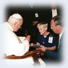 SAINT AMOUR - C'est la prière et le sacrifice qui retiennent la Grande Tribulation... ! Sans-t73