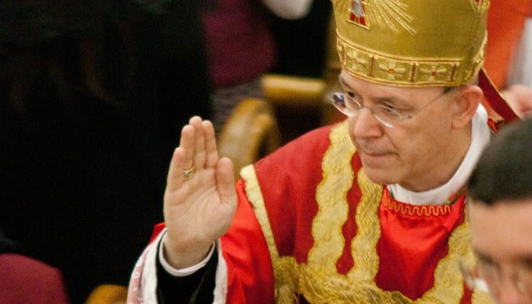 Le Pape aux Émirats : En route vers l'Unique Religion Mondiale ! - Page 2 Sans-t91