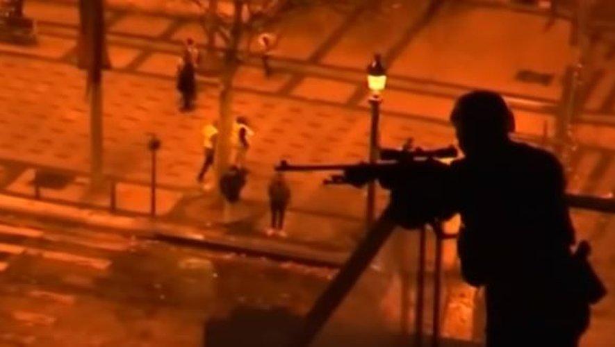 """Vidéo-Écoeurantite : """"Les Gilets Jaunes : Quand les Français en ont marre"""" ! - Page 2 Sniper10"""