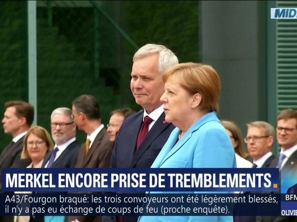 TREMBLEMENTS INCONTRÔLÉS : Angela Merkel souffrirait-elle de troubles infestatoires ? Video_10