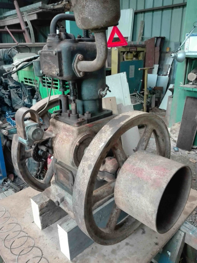 moteur - Bonjour Breton et rénovation moteur Titan Img_2045