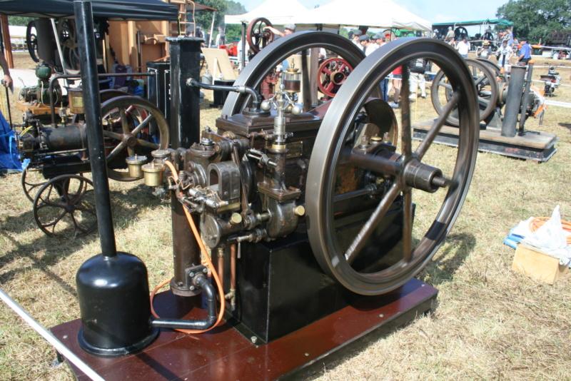 festival des vieilles mécaniques de Cazals  Img_4351