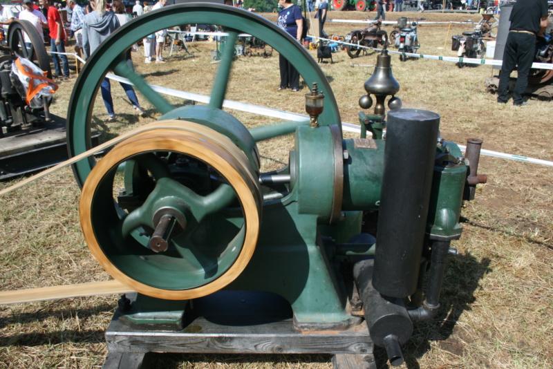 festival des vieilles mécaniques de Cazals  Img_4353