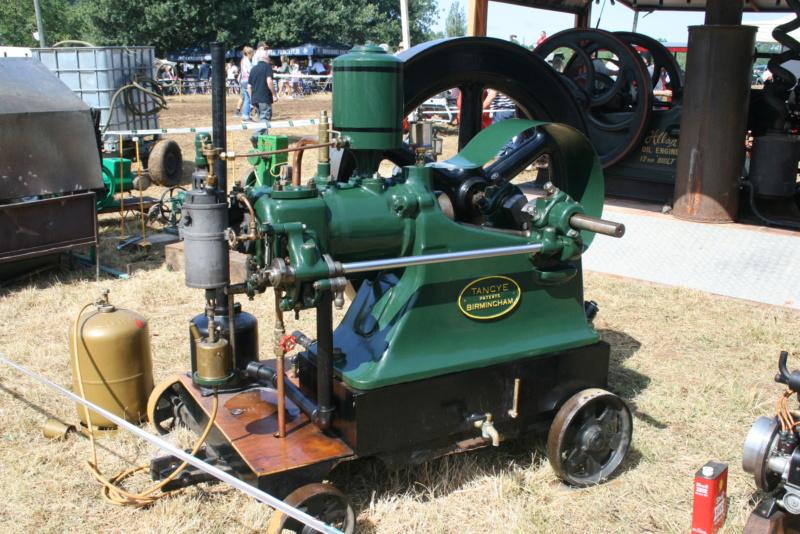 festival des vieilles mécaniques de Cazals  Img_4362