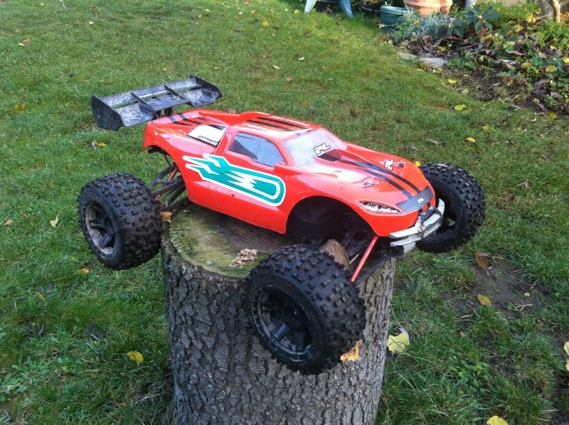 E-Revo Brushless By Furion - Page 7 Img_0012