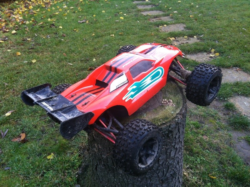 E-Revo Brushless By Furion - Page 7 Img_0015